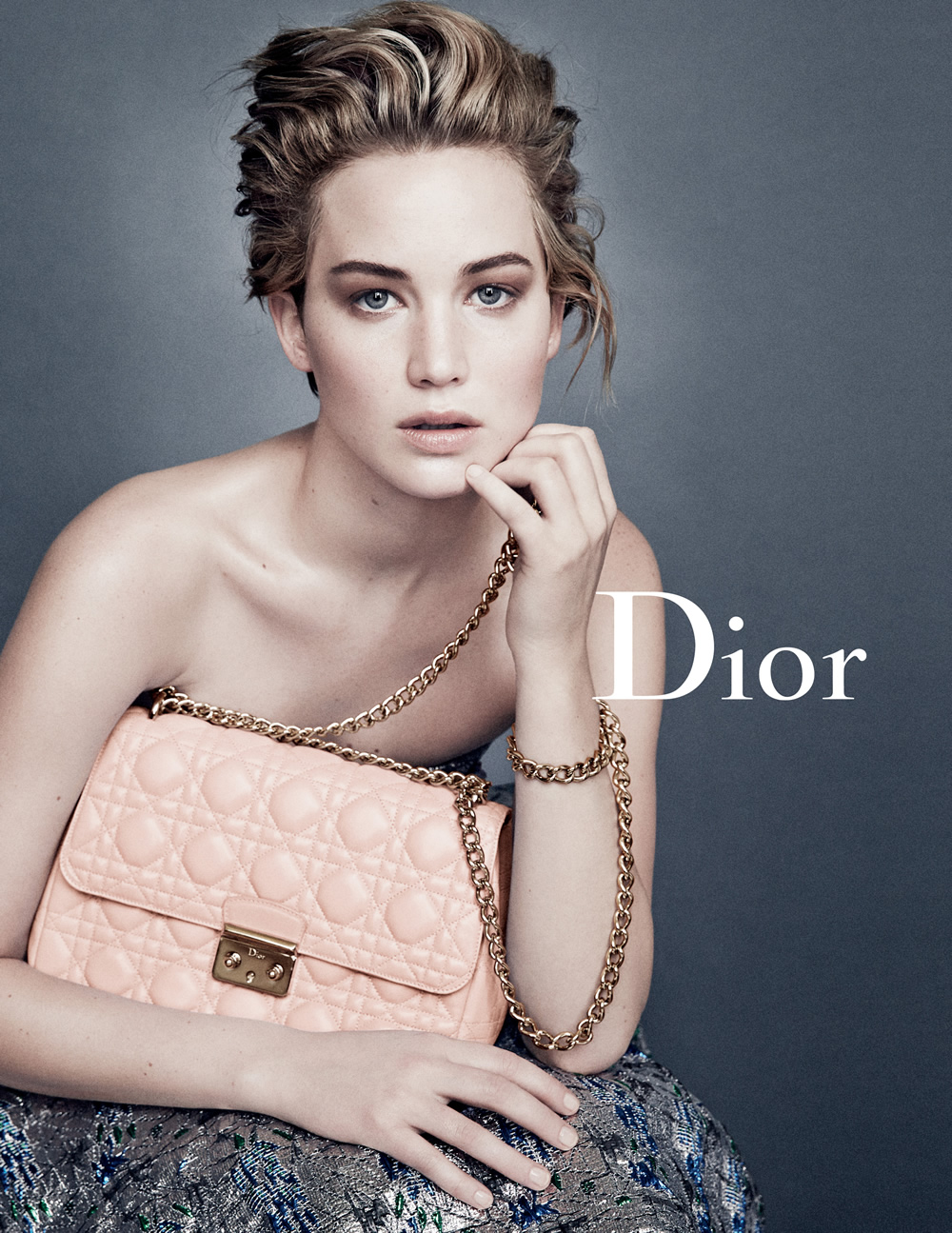 jennifer-lawrence-miss-dior-2