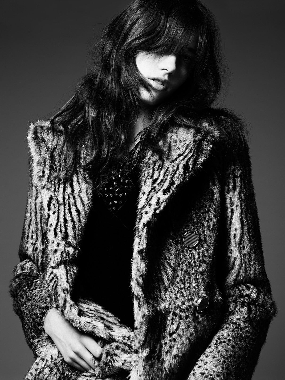 grace-hartzel-by-hedi-slimane-for-saint-laurent-pre-fall-2014-41