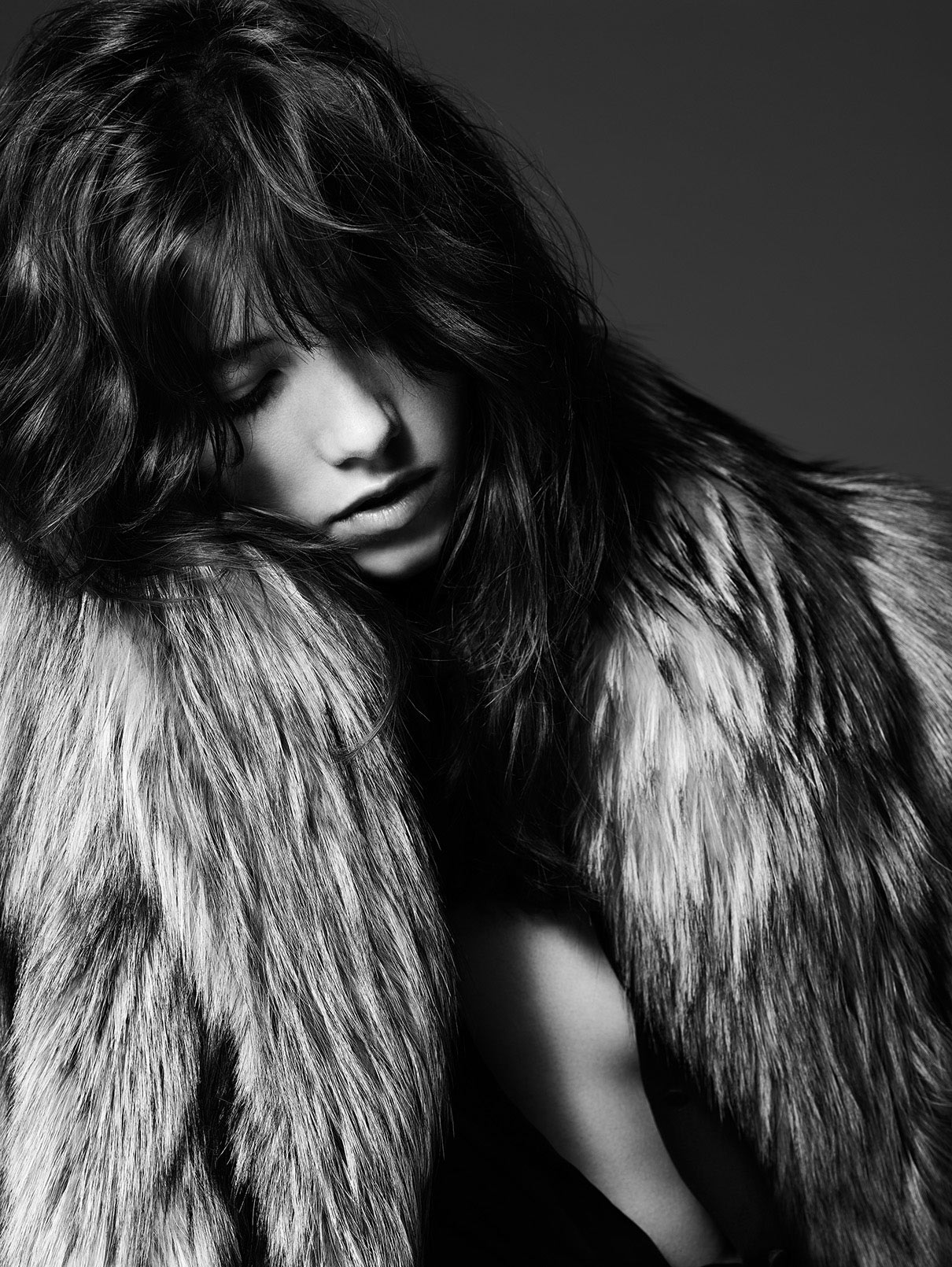 grace-hartzel-by-hedi-slimane-for-saint-laurent-pre-fall-2014-6