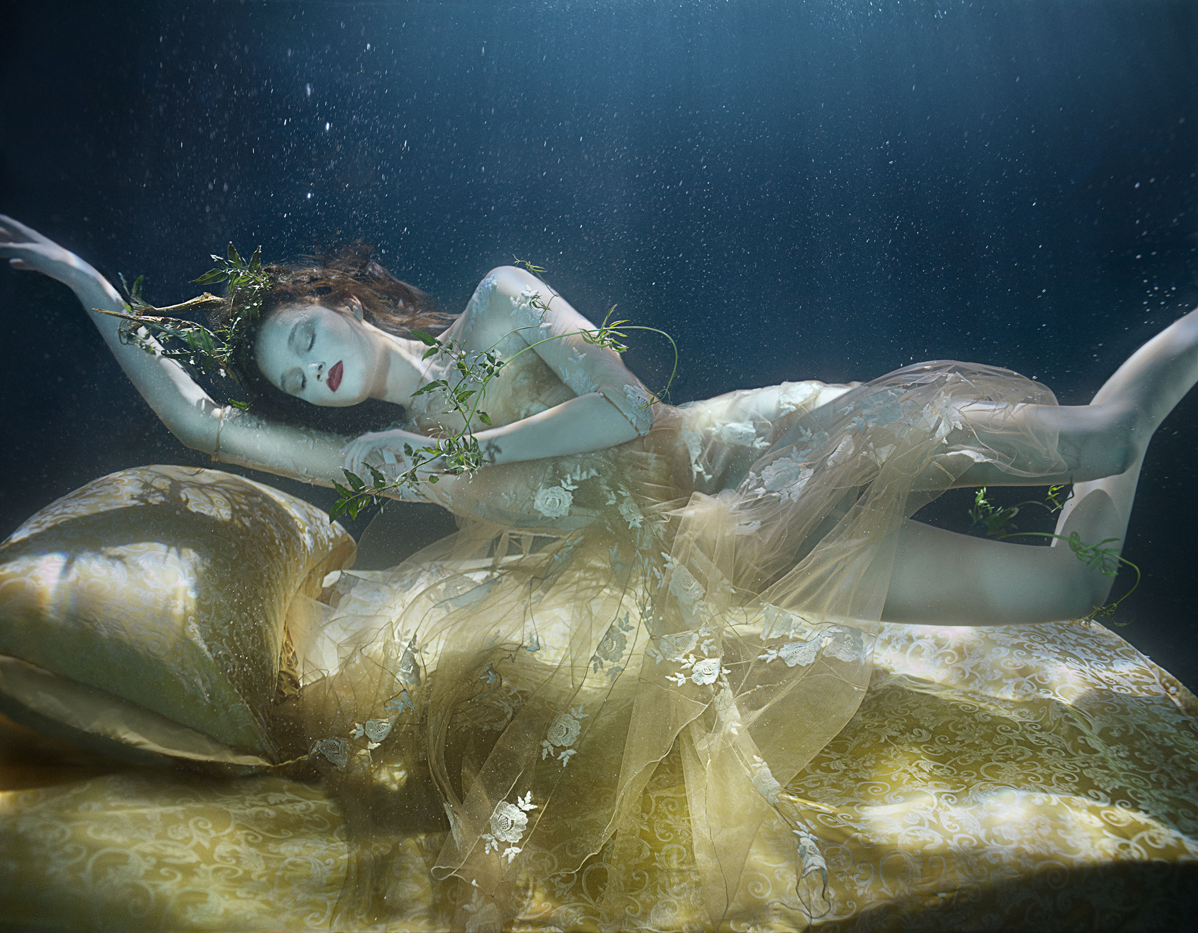 lydia-beesley-franziska-klein-by-zena-holloway-for-how-to-spend-it-may-2014