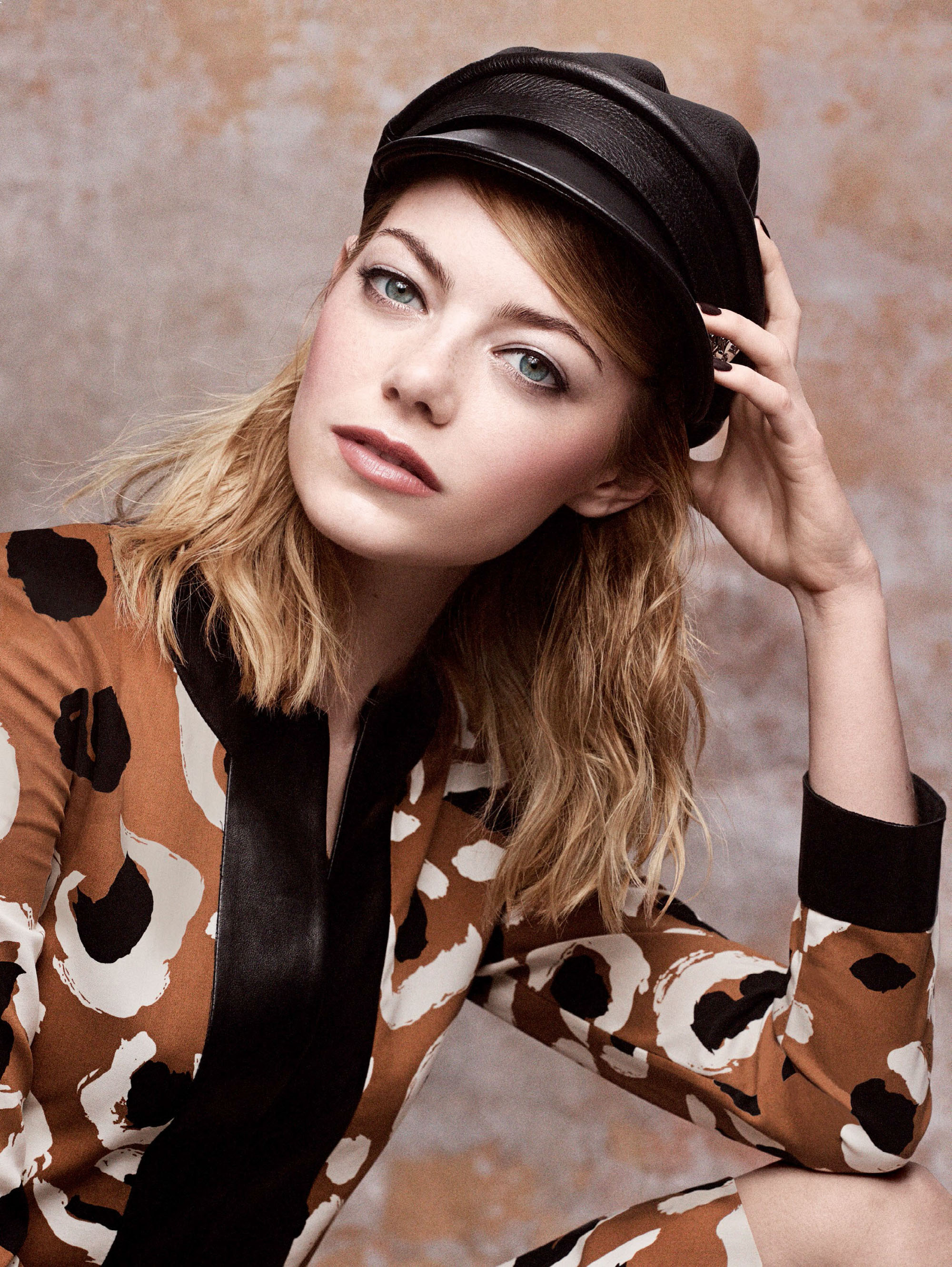 emma-stone-by-craig-mcdean-for-vogue-us-may-2014-1