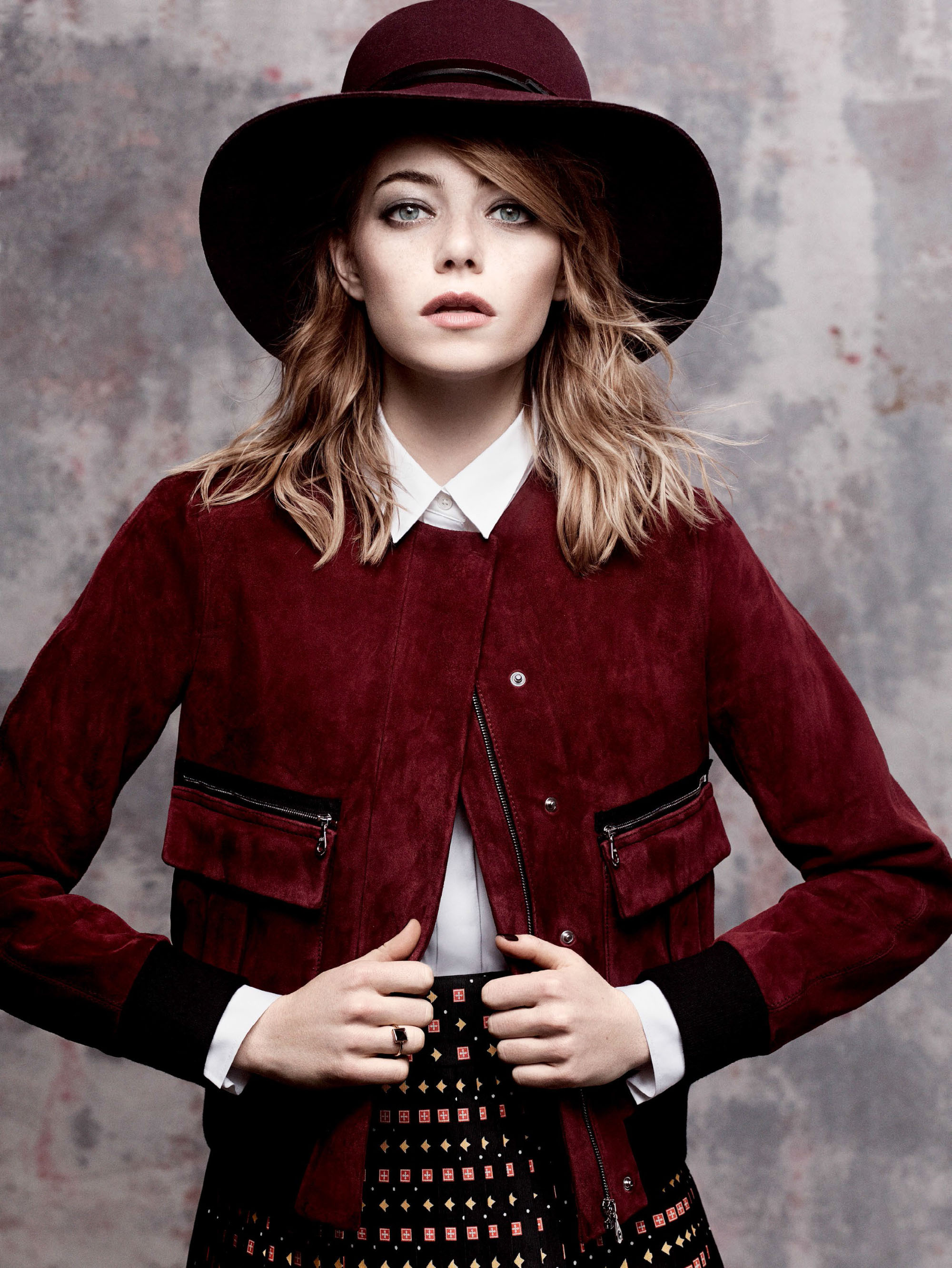 emma-stone-by-craig-mcdean-for-vogue-us-may-2014-5