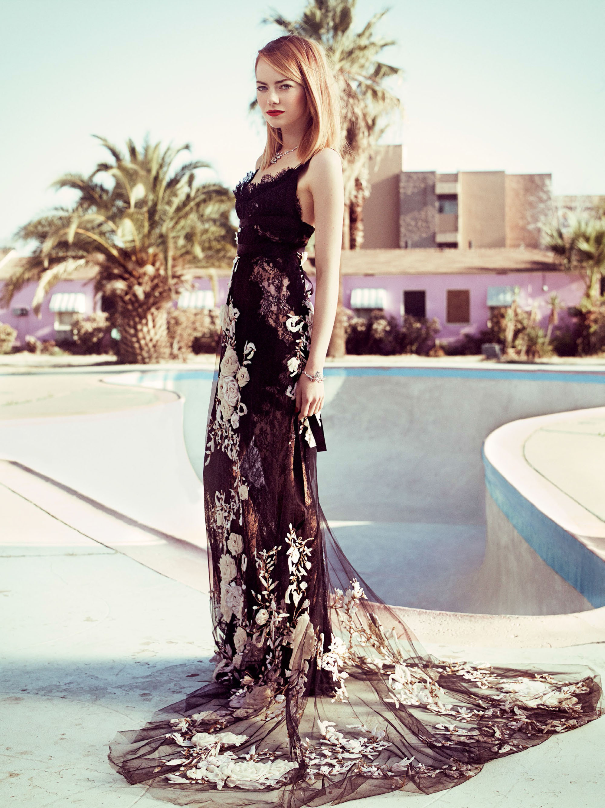 emma-stone-by-craig-mcdean-for-vogue-us-may-2014-6