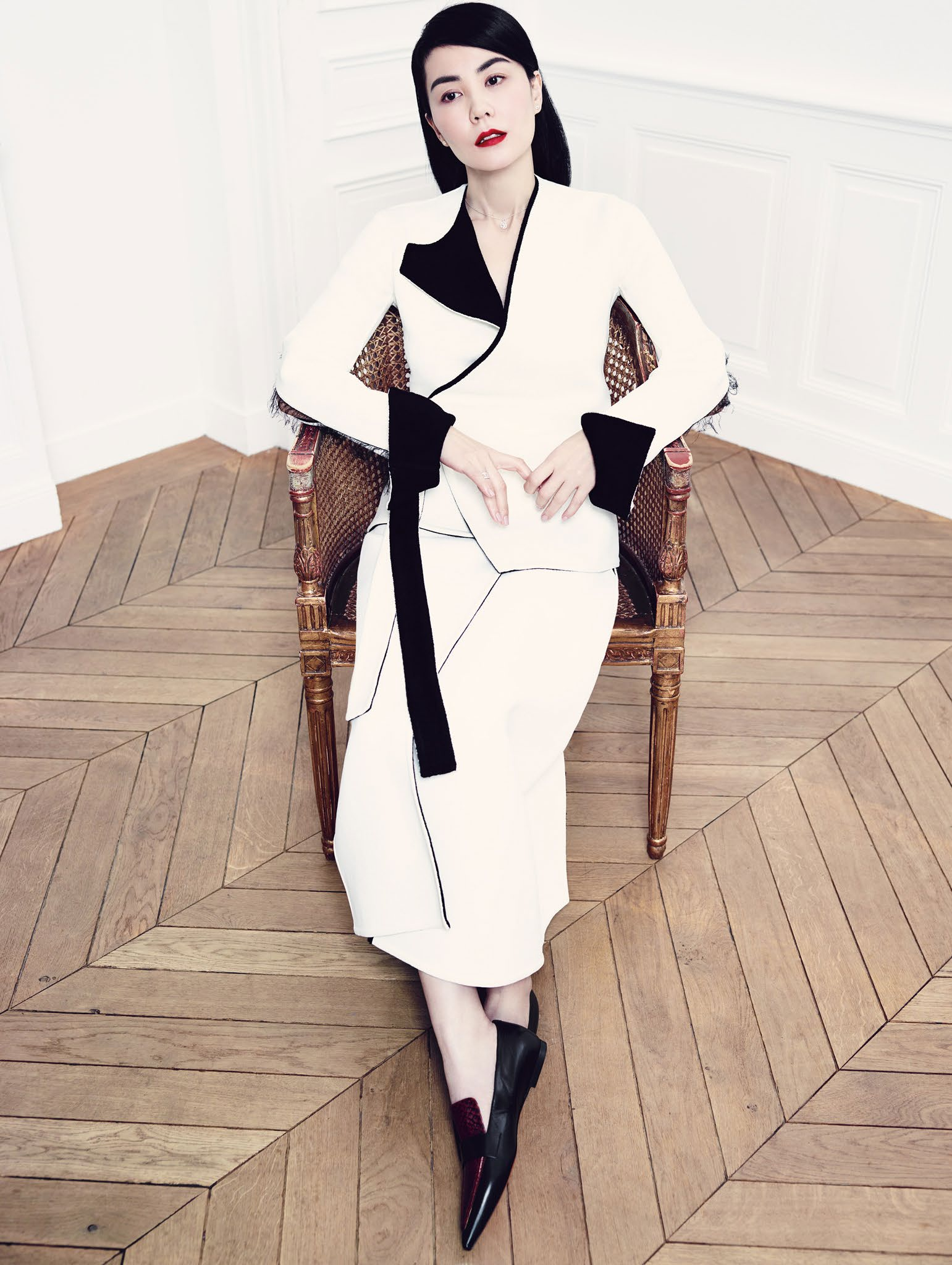faye-wong-by-emma-summerton-for-vogue-china-june-2014-2