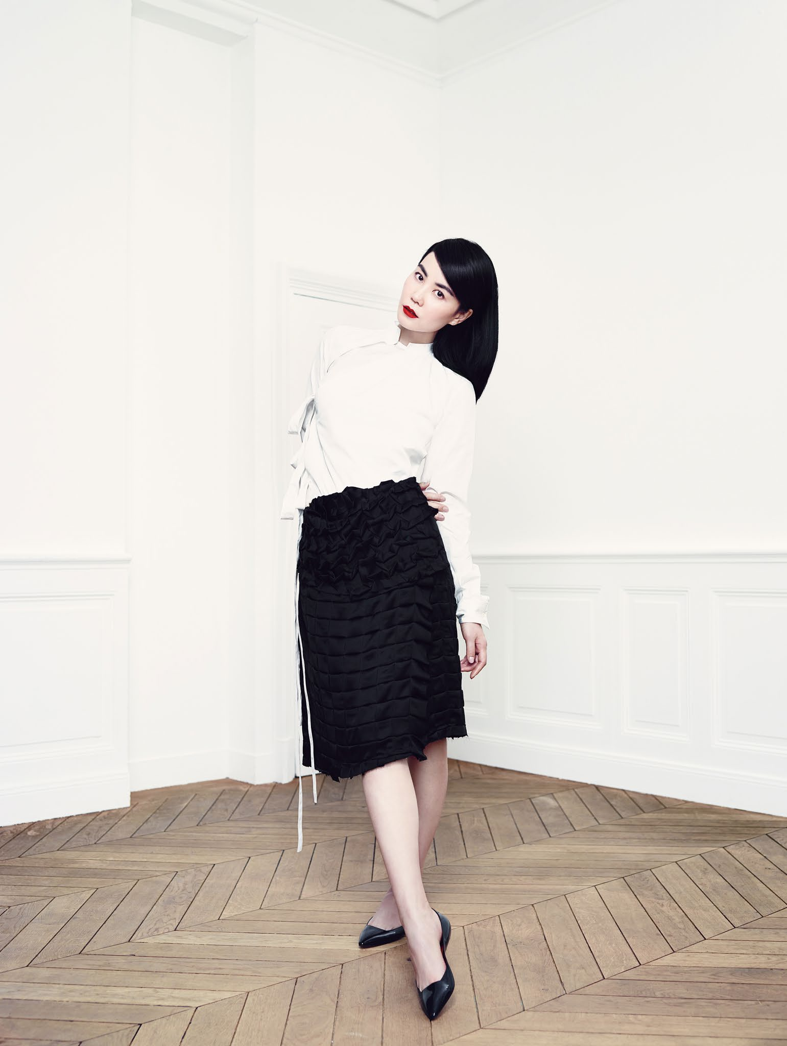 faye-wong-by-emma-summerton-for-vogue-china-june-2014-6
