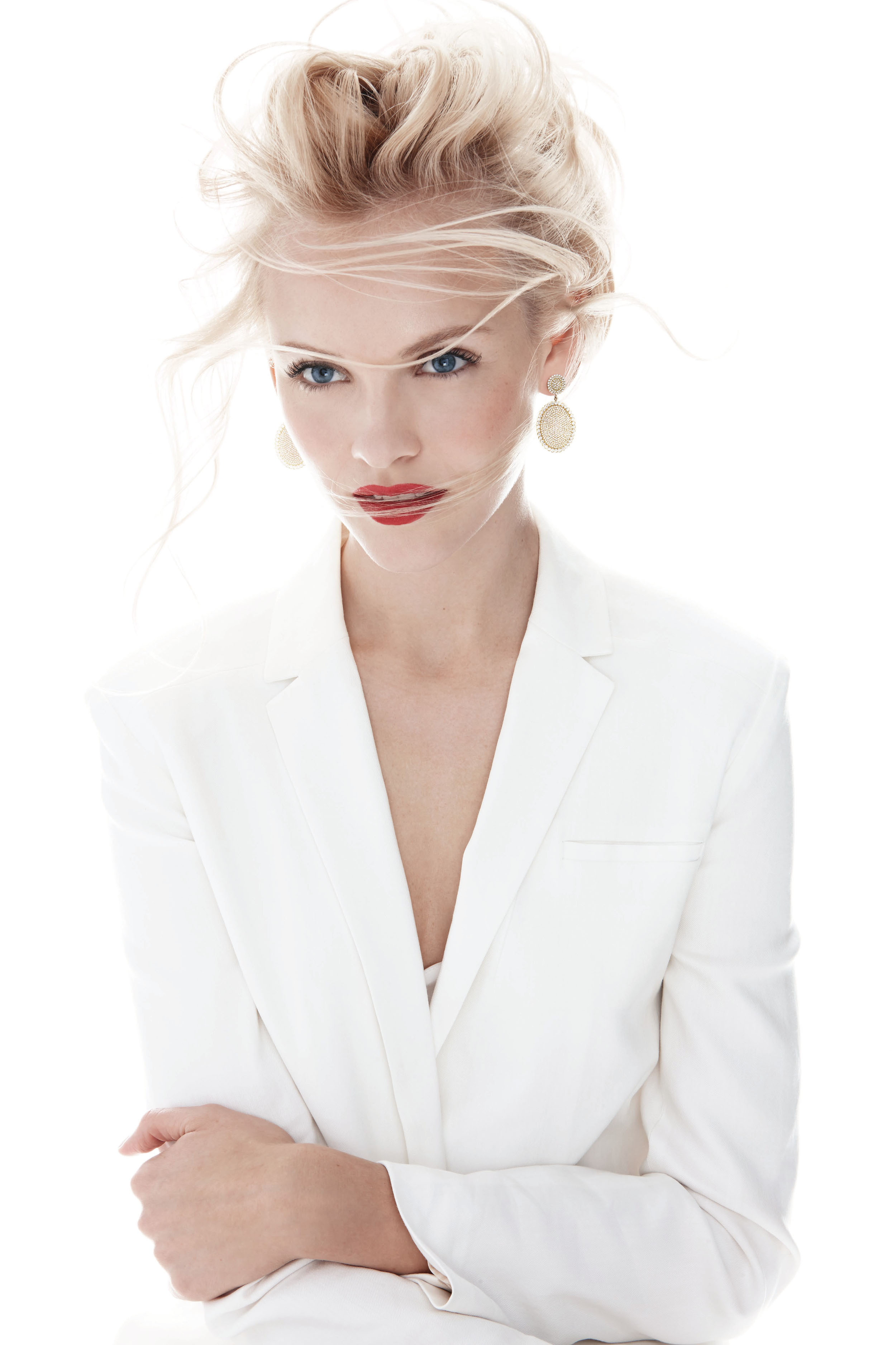 jac-jagaciak-ginta-lapina-by-walter-chin-jeff-stephens-for-neiman-marcus-the-may-book-2014-9