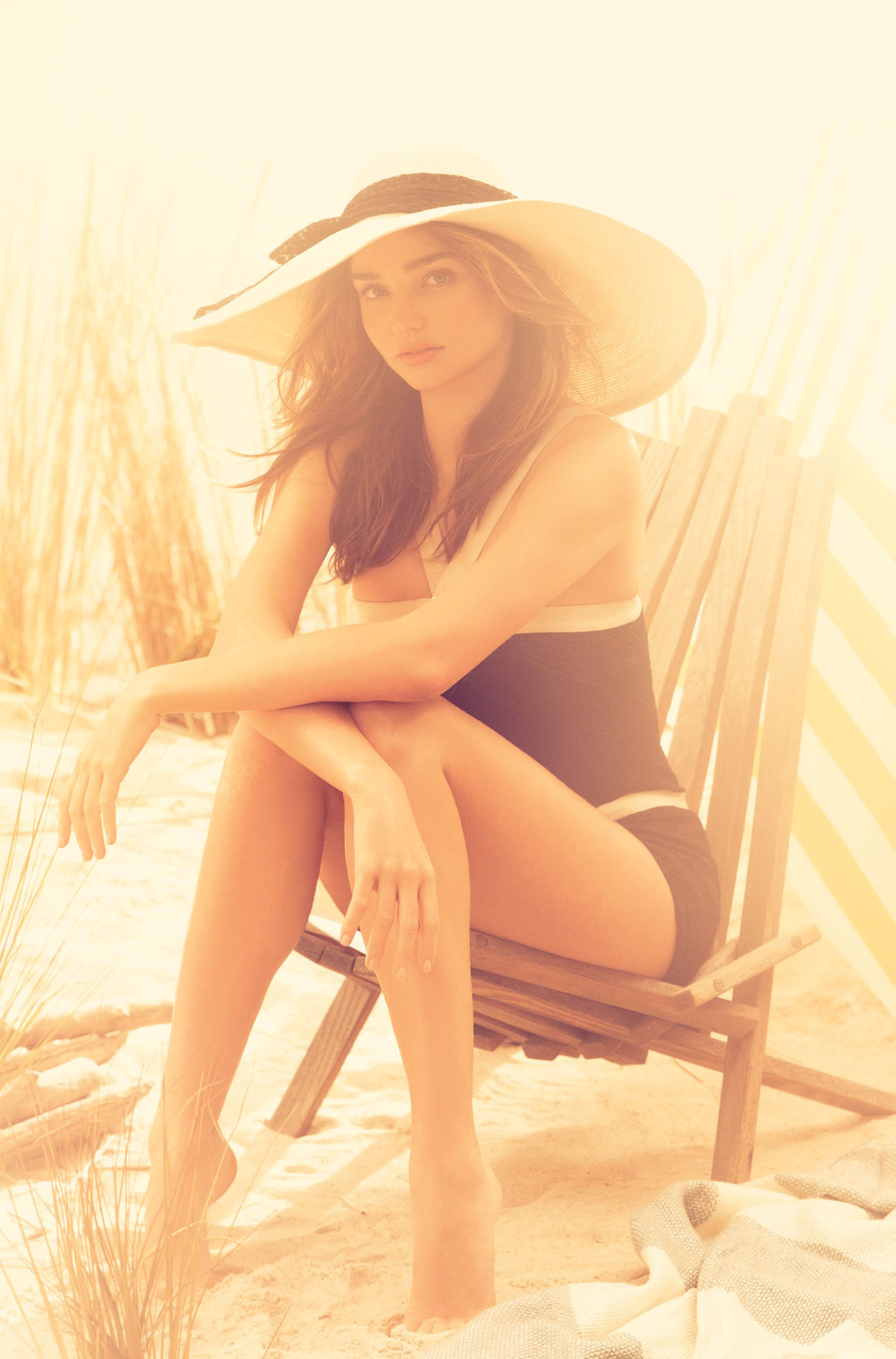 miranda-kerr-by-alexi-lubomirski-for-harper_s-bazaar-uk-june-2014-51
