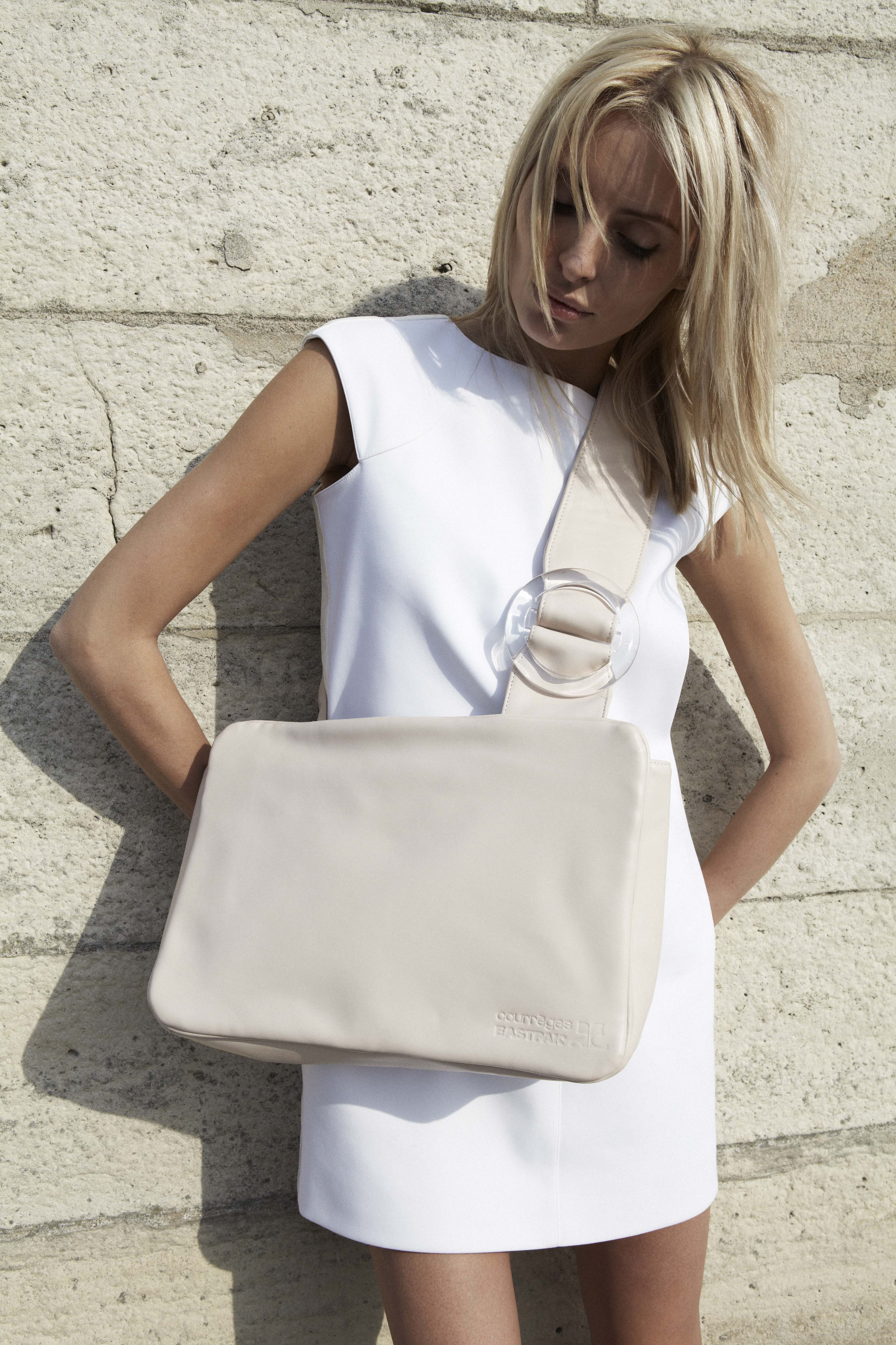 LS_buckled_tote_2