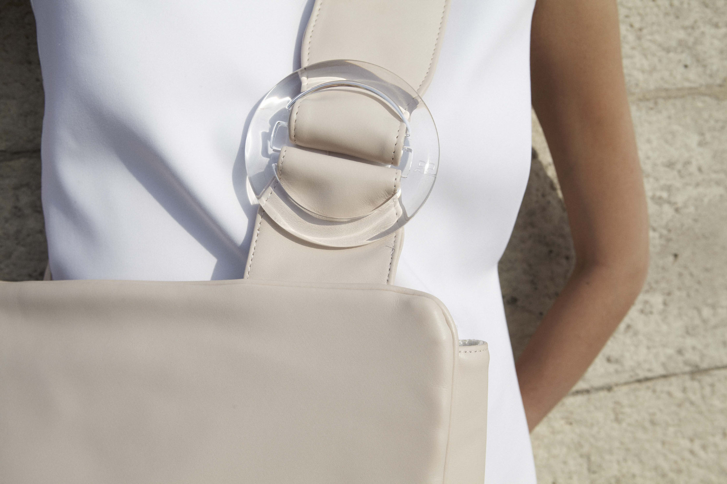 LS_buckled_tote_4