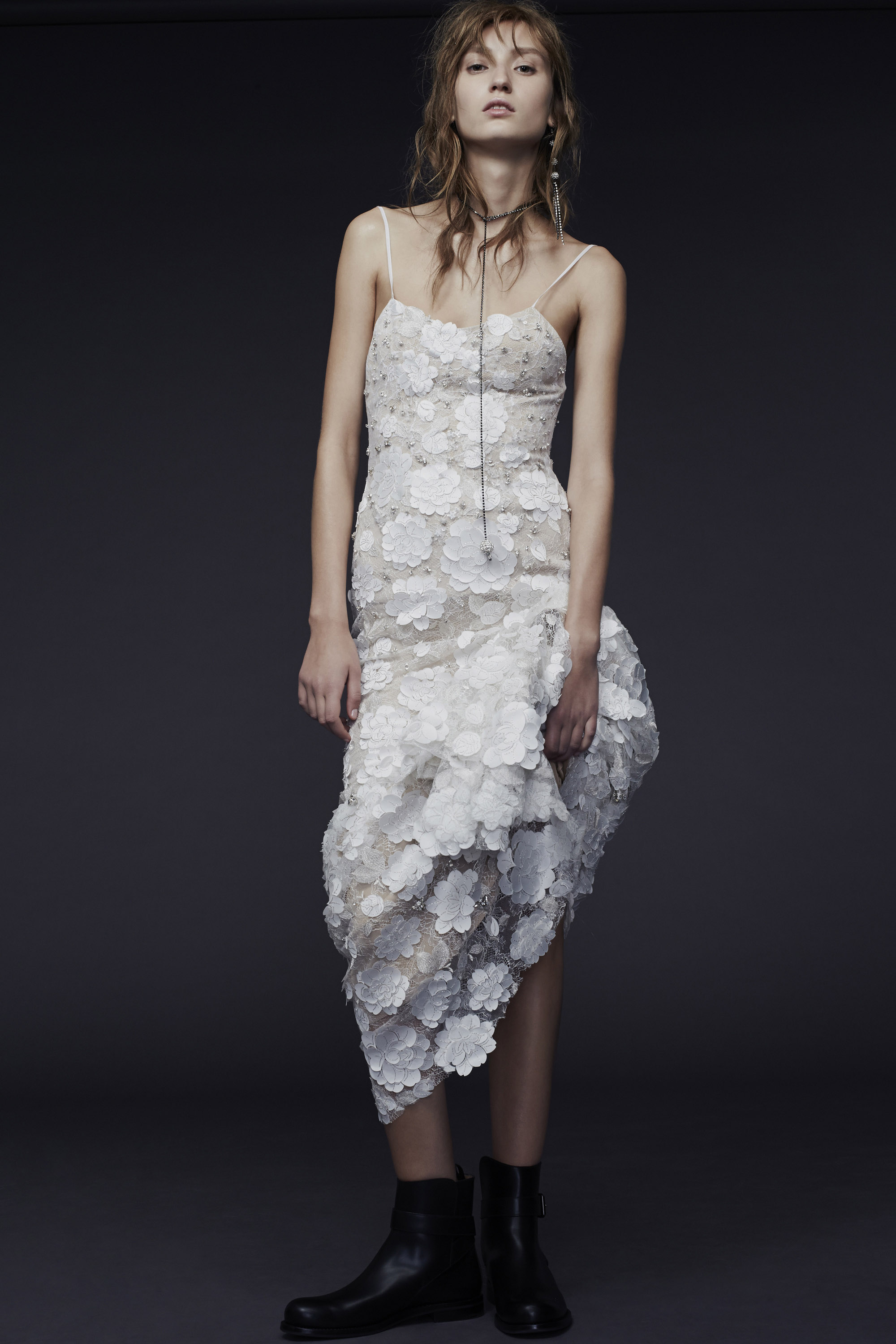 Vera-Wang_Fall-2015-Bridal_Look-17
