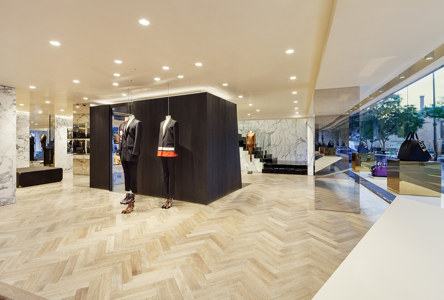 givenchy-flagship-store-in-seoul-piuarch-01
