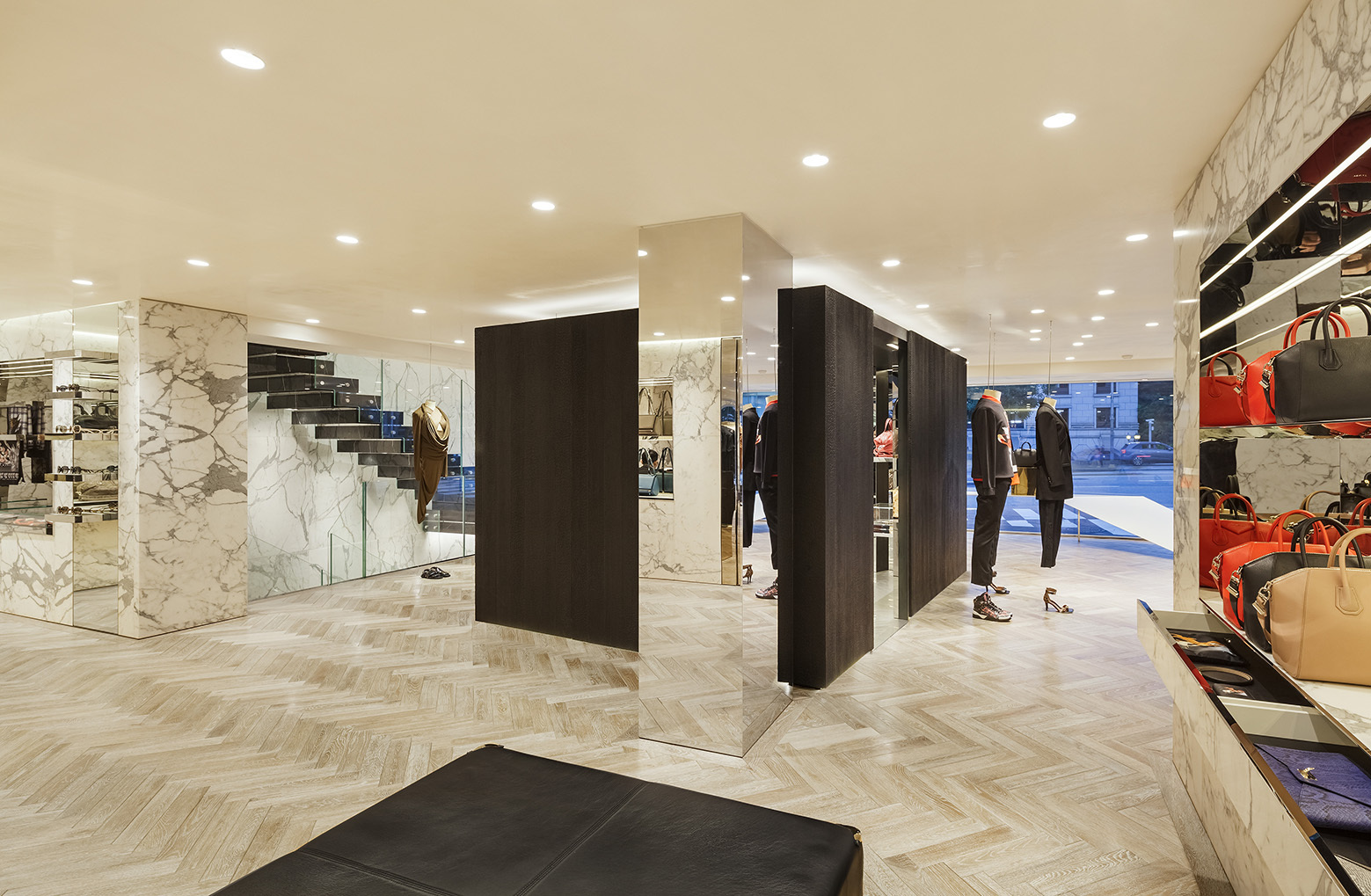 givenchy-flagship-store-in-seoul-piuarch-03