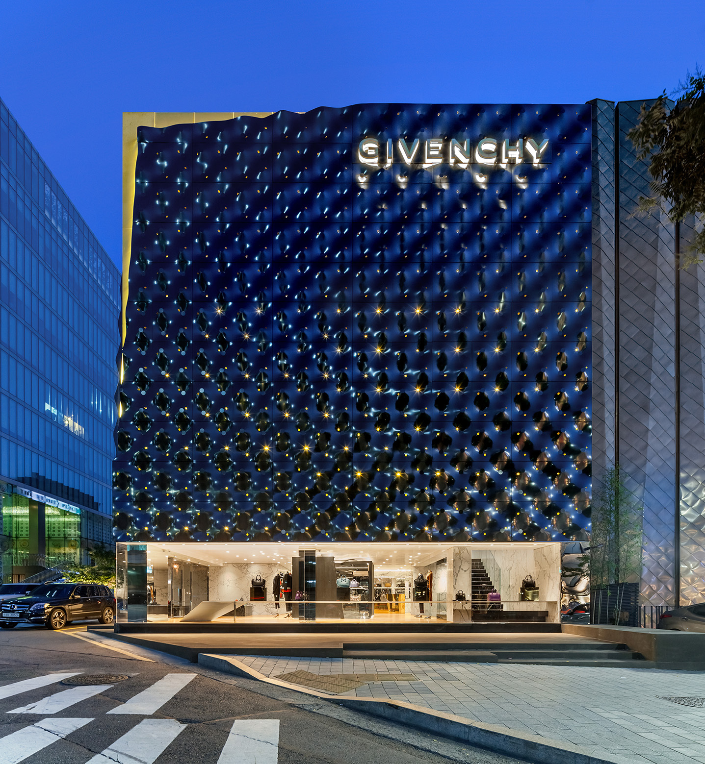 givenchy-flagship-store-in-seoul-piuarch-11