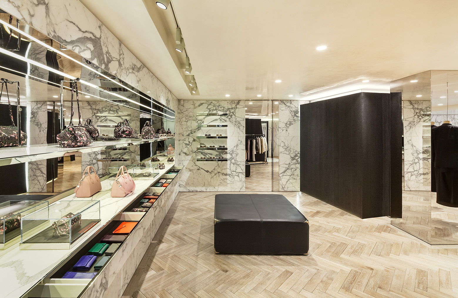 givenchy-flagship-store-in-seoul-piuarch-13