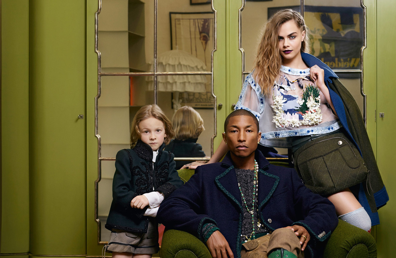 pharrell-williams-cara-delevingne-hudson-kroenig-by-karl-lagerfeld-for-chanel-mc3a9tiers-dart-2014-2015-4