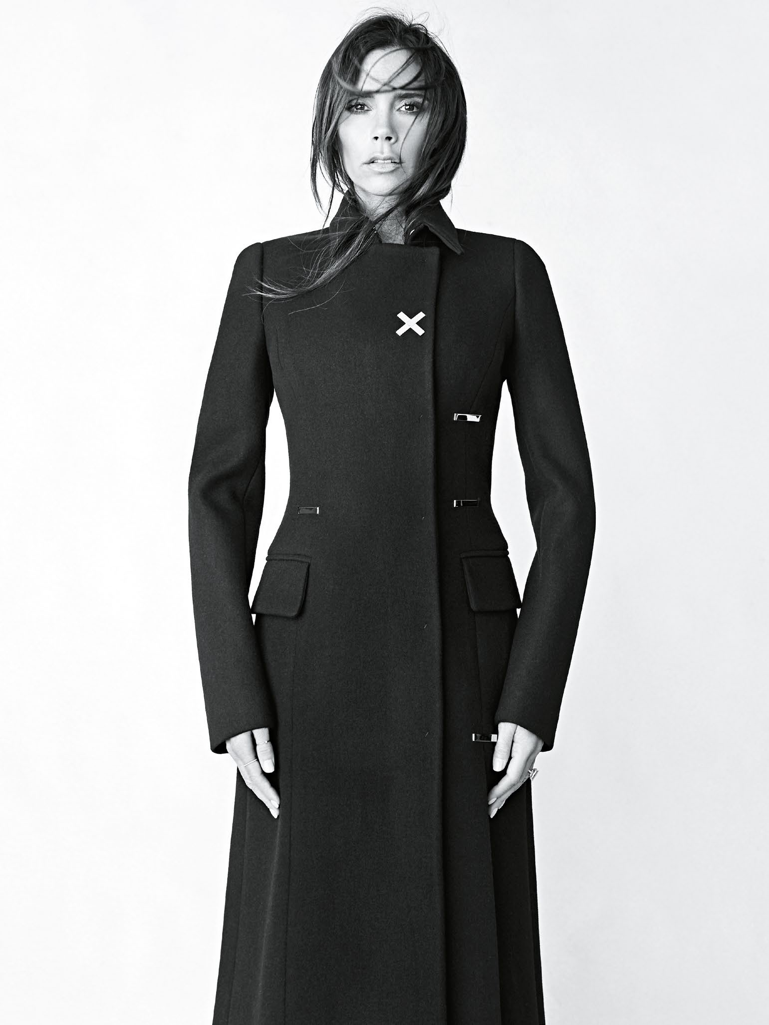 victoria-beckham-by-patrick-demarchelier-for-vogue-australia-august-2015-5