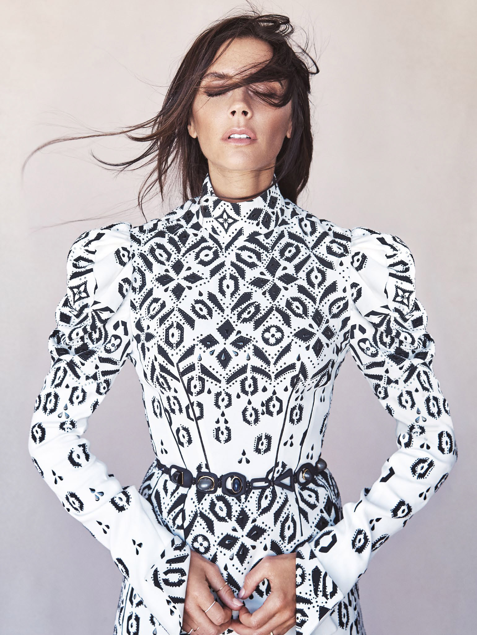 victoria-beckham-by-patrick-demarchelier-for-vogue-australia-august-2015-7