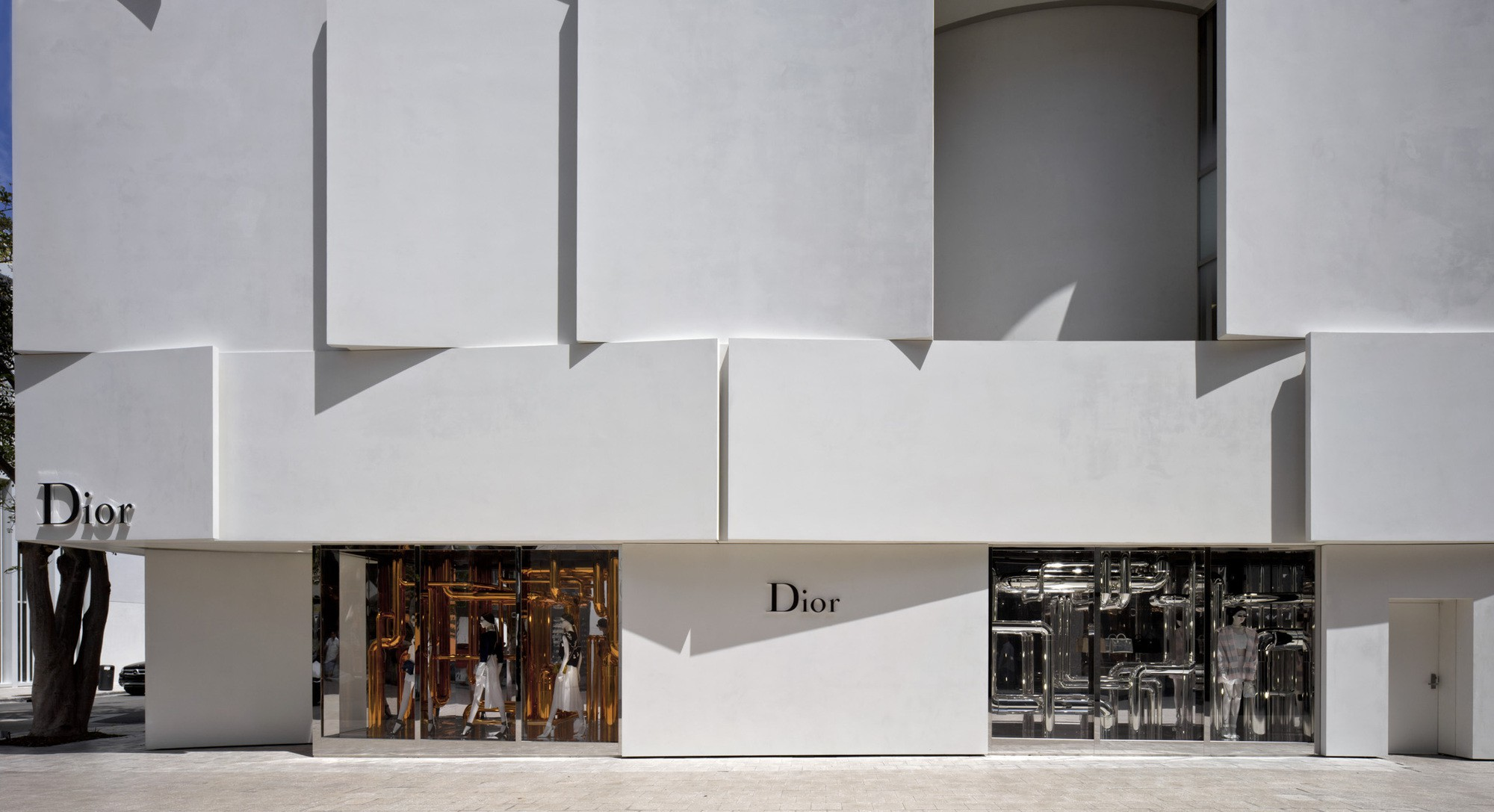 Dior Miami Facade-yesonfashion-com-14