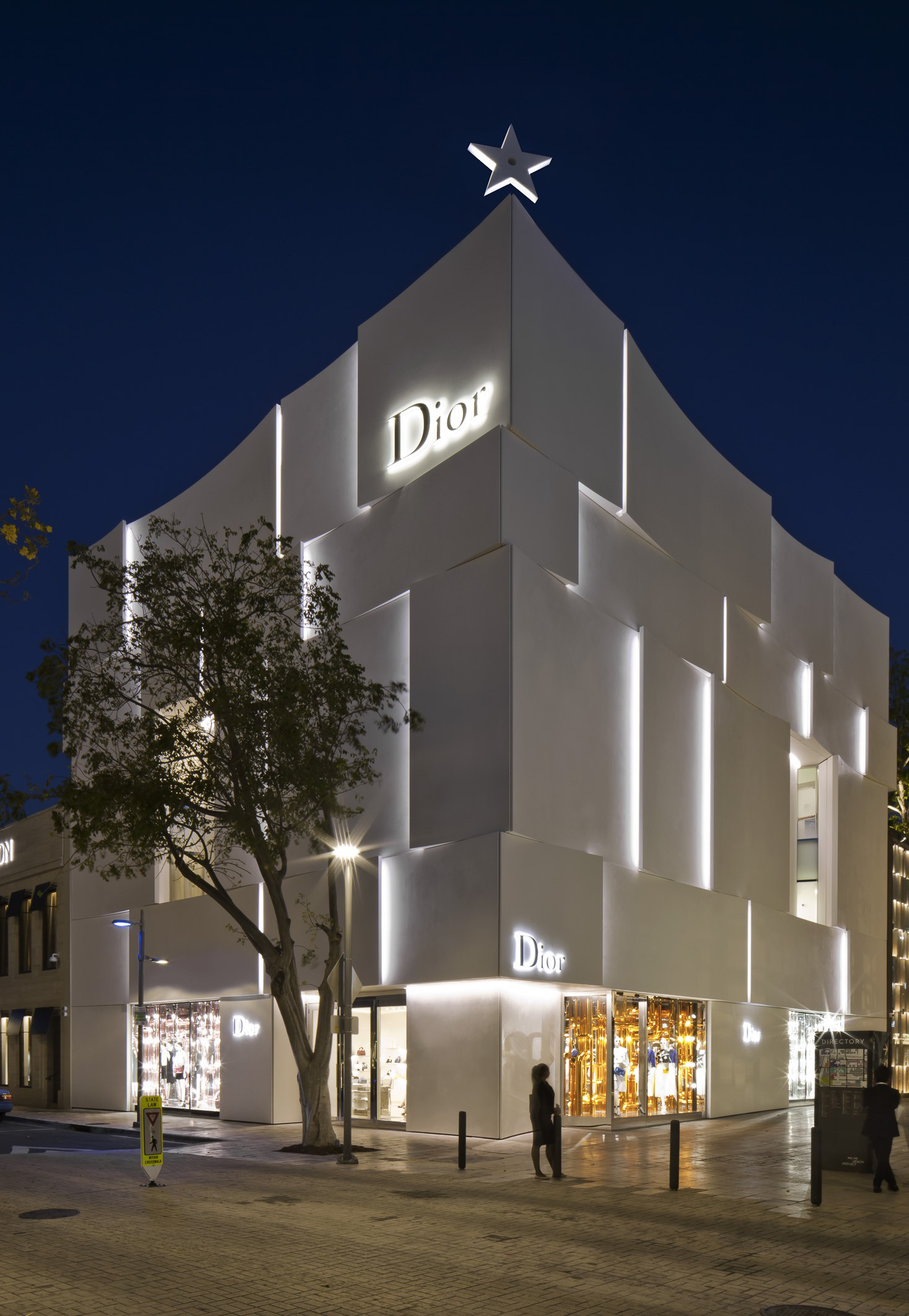 Dior Miami Facade-yesonfashion-com-17