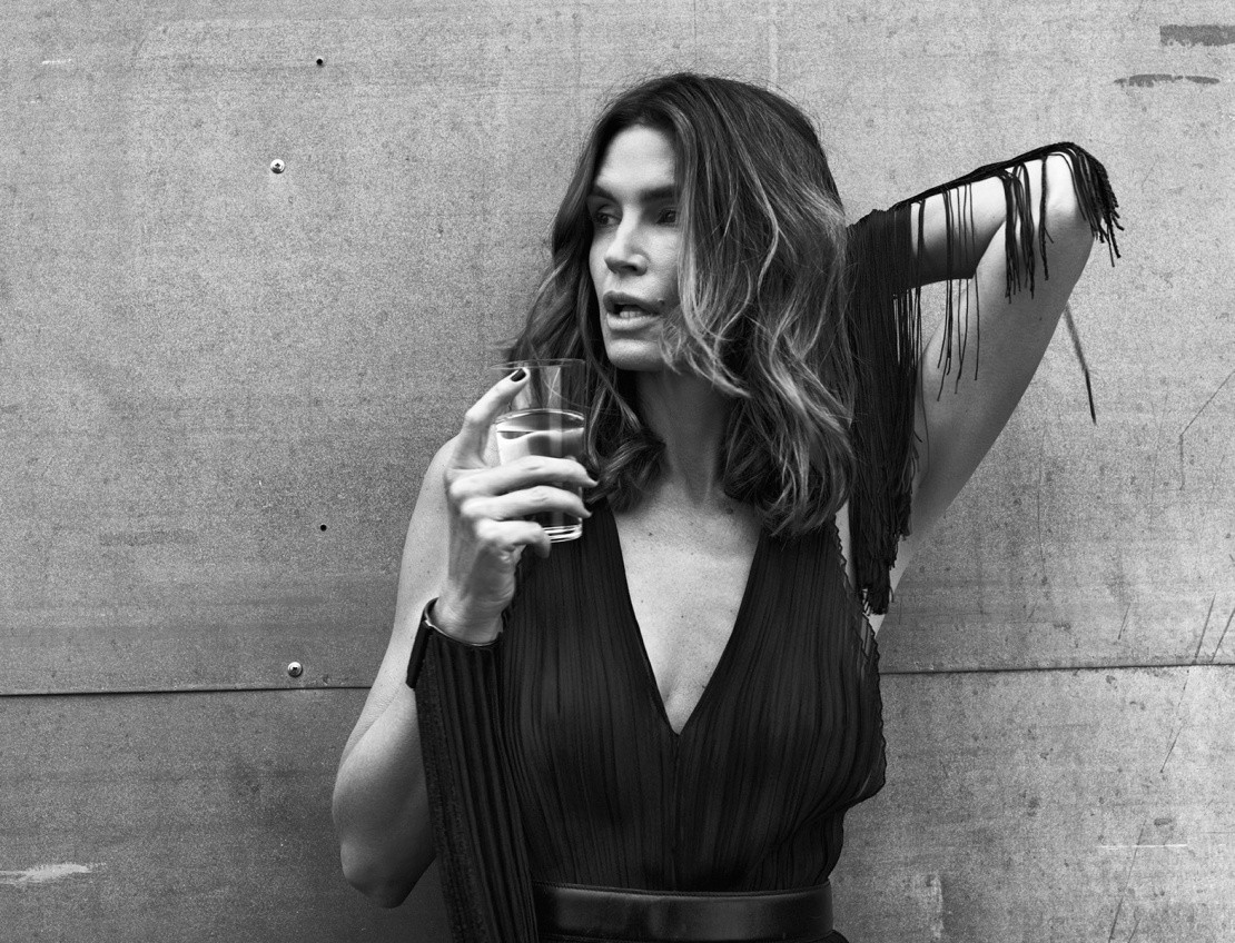 cindy-crawford-by-bryan-adams-for-zoo-magazine-springsummer-2016-4