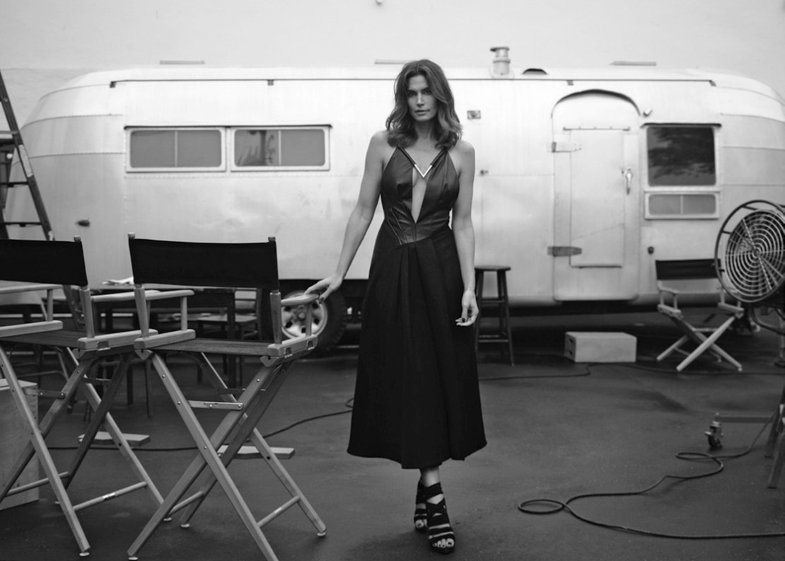 cindy-crawford-by-bryan-adams-for-zoo-magazine-springsummer-2016-6