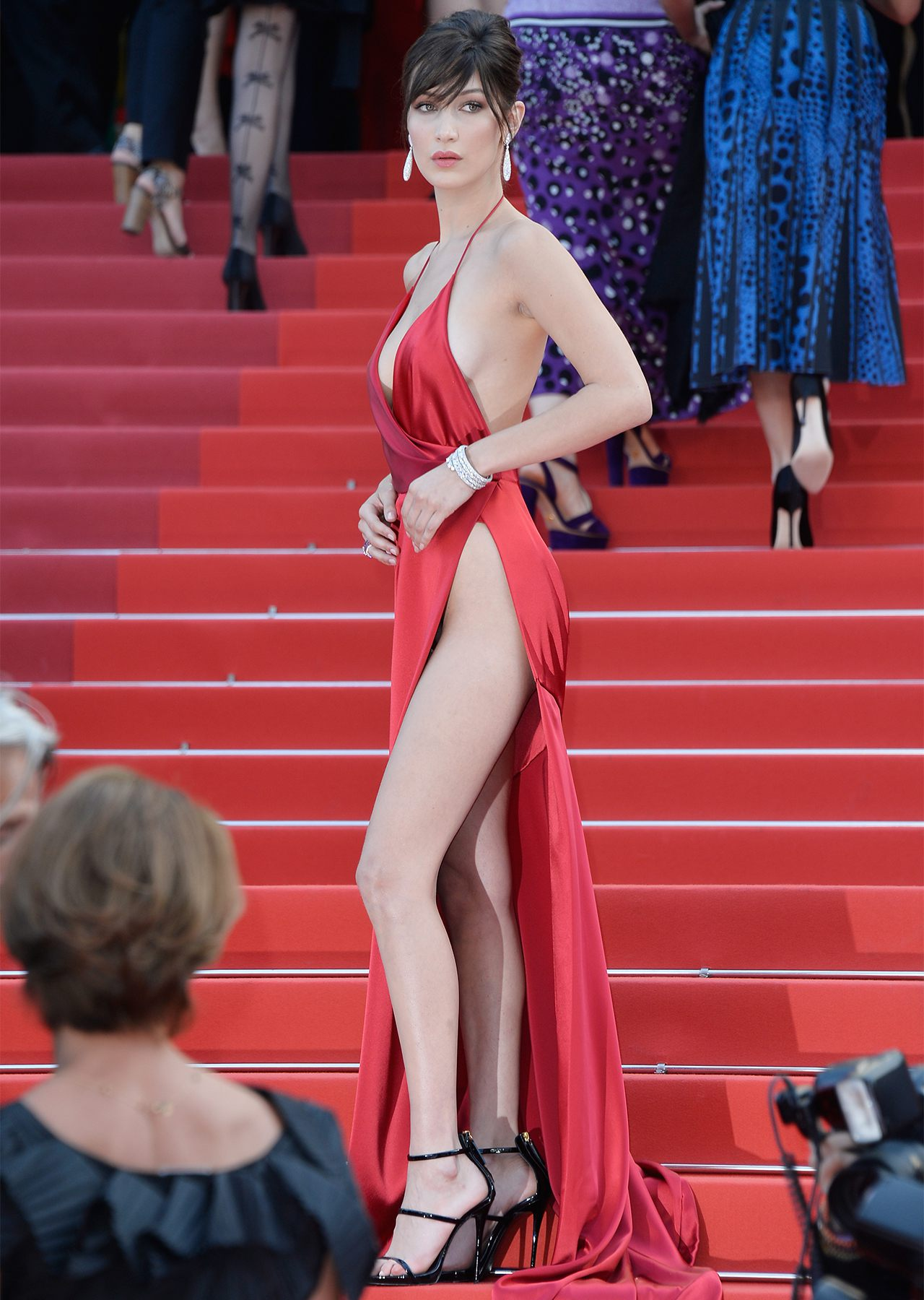 1280_bella_hadid_unknown_girl_premiere_cannes_full_1