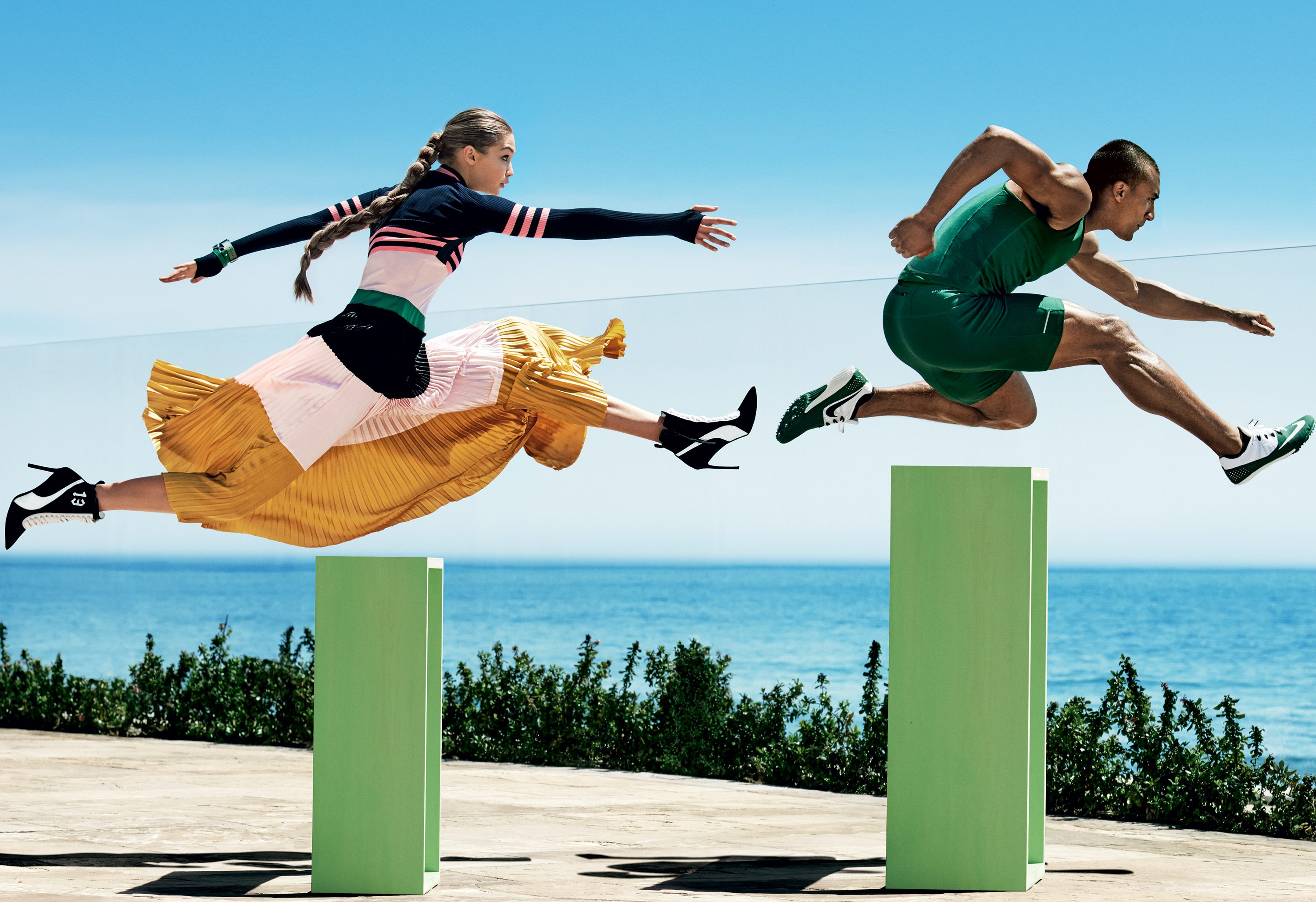 Vogue-US-August-2016-Gigi-Hadid-Ashton-Eaton-by-Mario-Testino-10