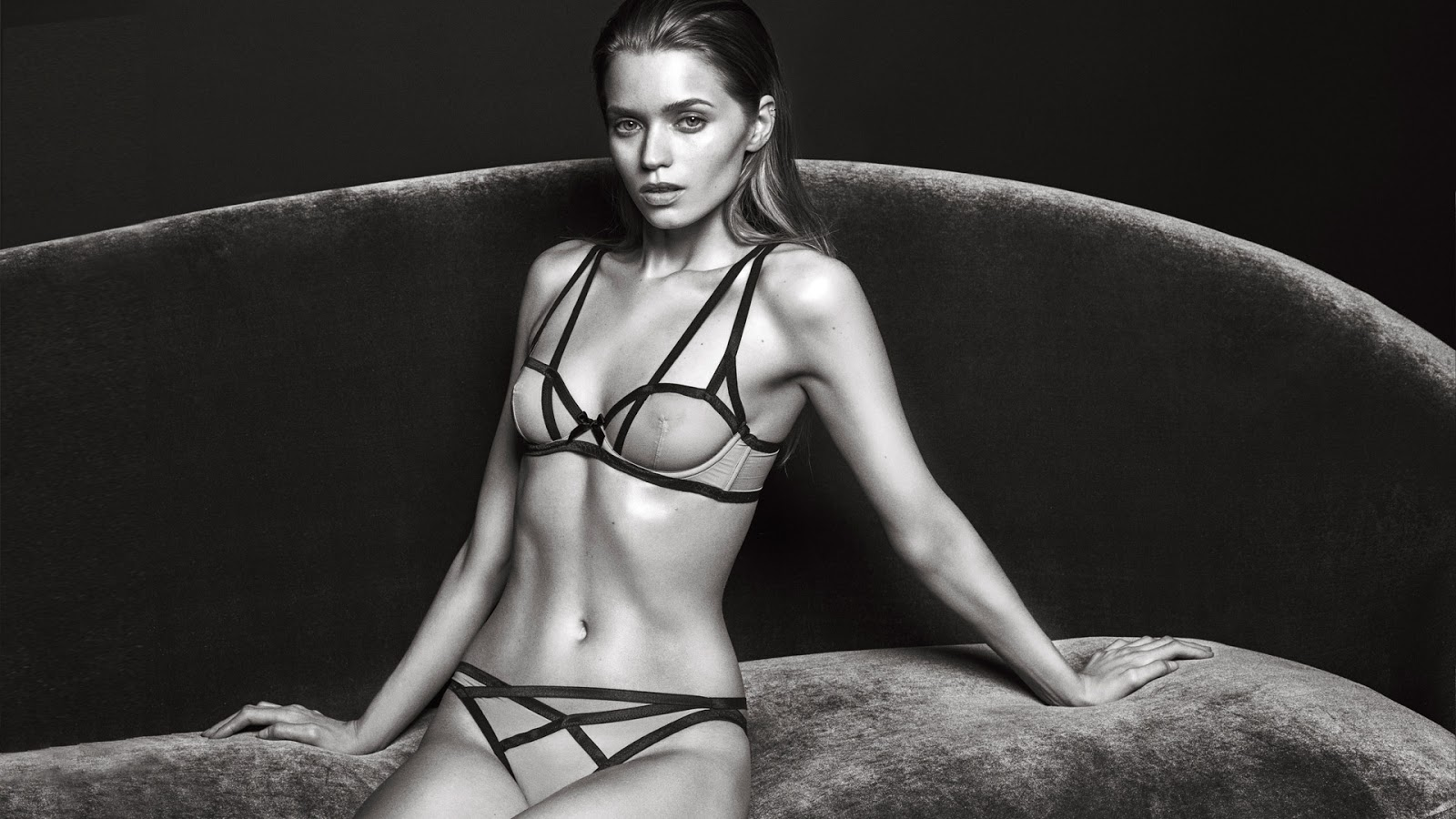 abbey-lee-kershaw-for-agent-provocateur-fall-winter-2016-2017-campaign-3