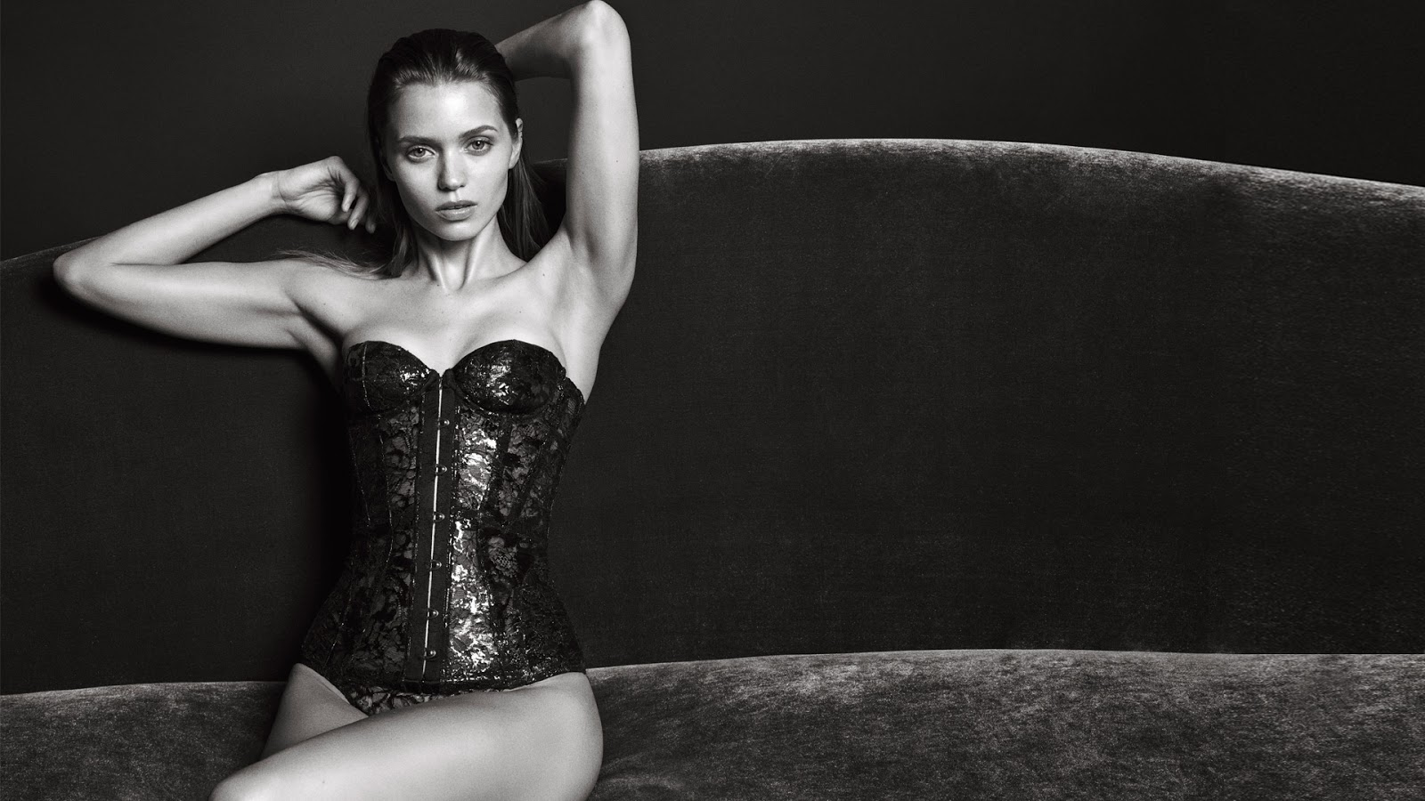 abbey-lee-kershaw-for-agent-provocateur-fall-winter-2016-2017-campaign-4