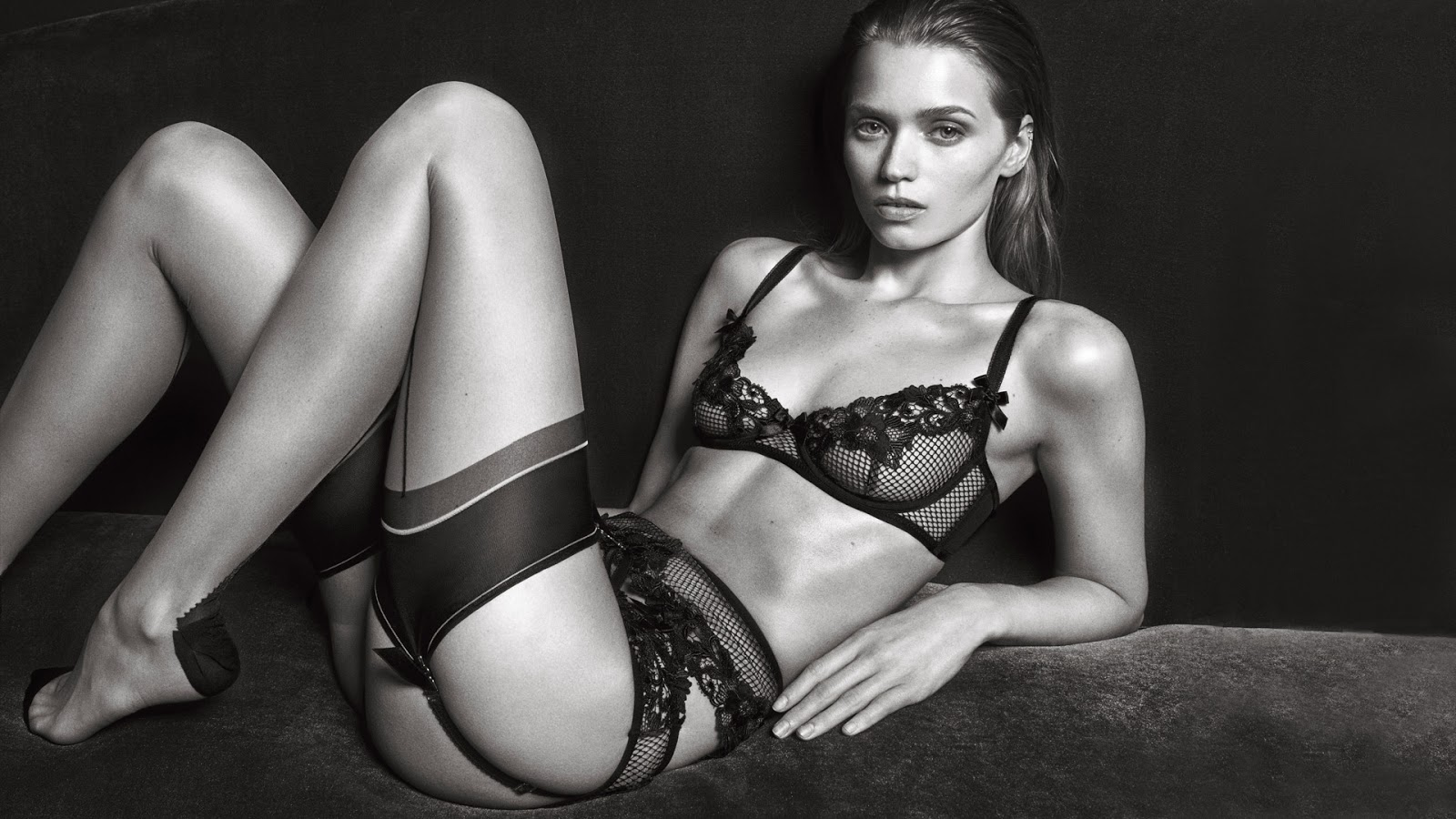 abbey-lee-kershaw-for-agent-provocateur-fall-winter-2016-2017-campaign-6