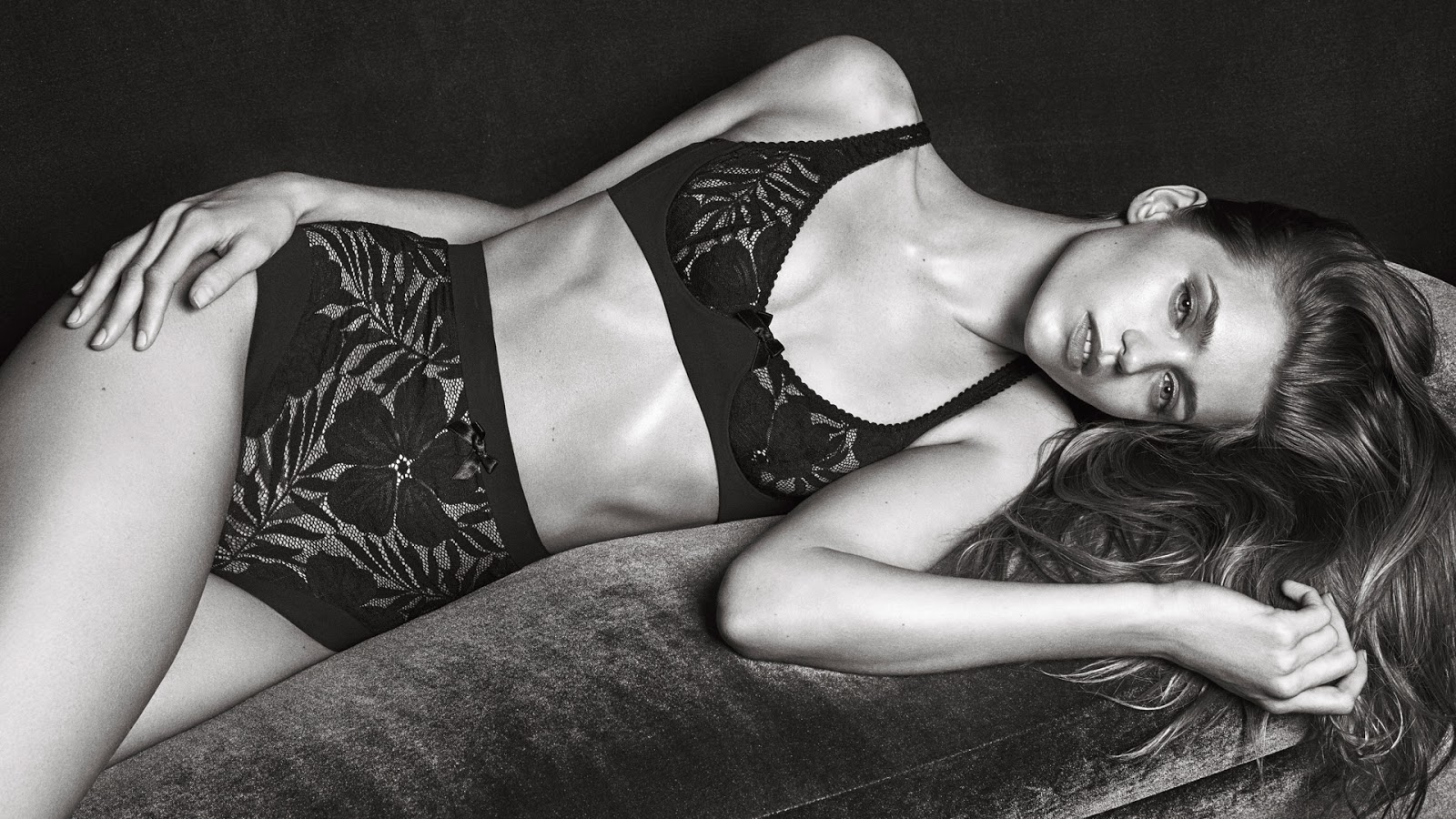 abbey-lee-kershaw-for-agent-provocateur-fall-winter-2016-2017-campaign-7